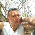 TragicWagon73 - Benton Singles. Free dating site in Benton.